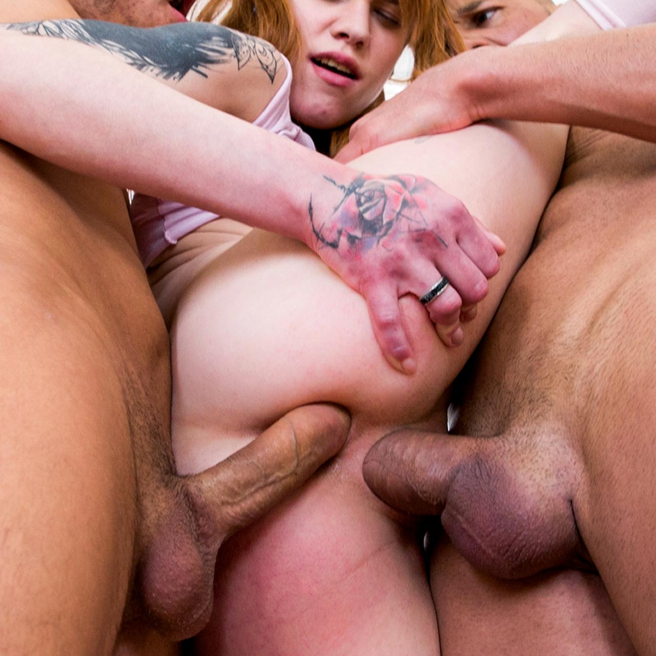 Mary Solaris, nude, Double Penetration and Anal Sex in a video for 21stSextury.