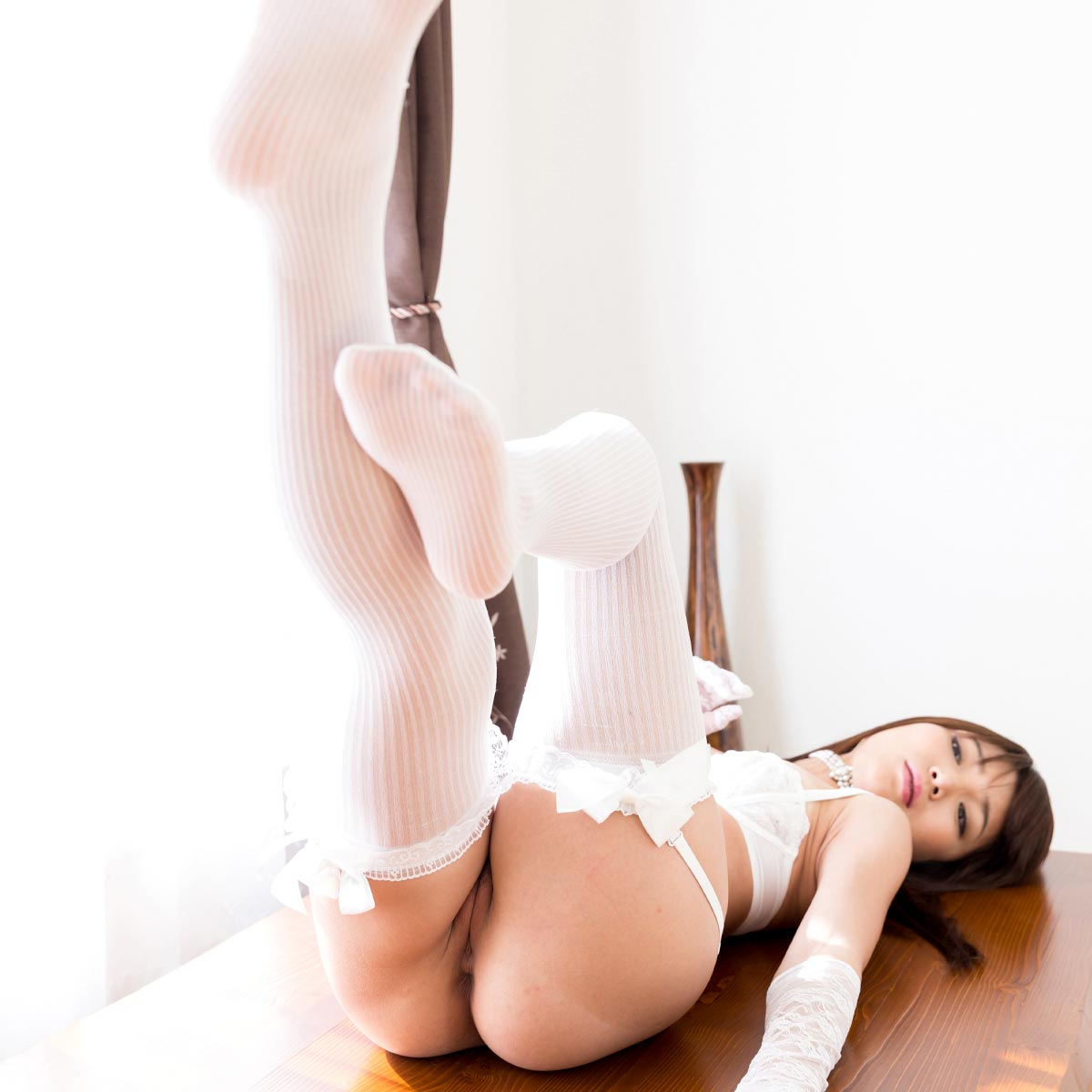 LegsJapan, uncensored Japanese Leg and Foot-Fetish videos. Nude girls giving Footjob, sucking toes, fucking with long legs and beautiful feet.