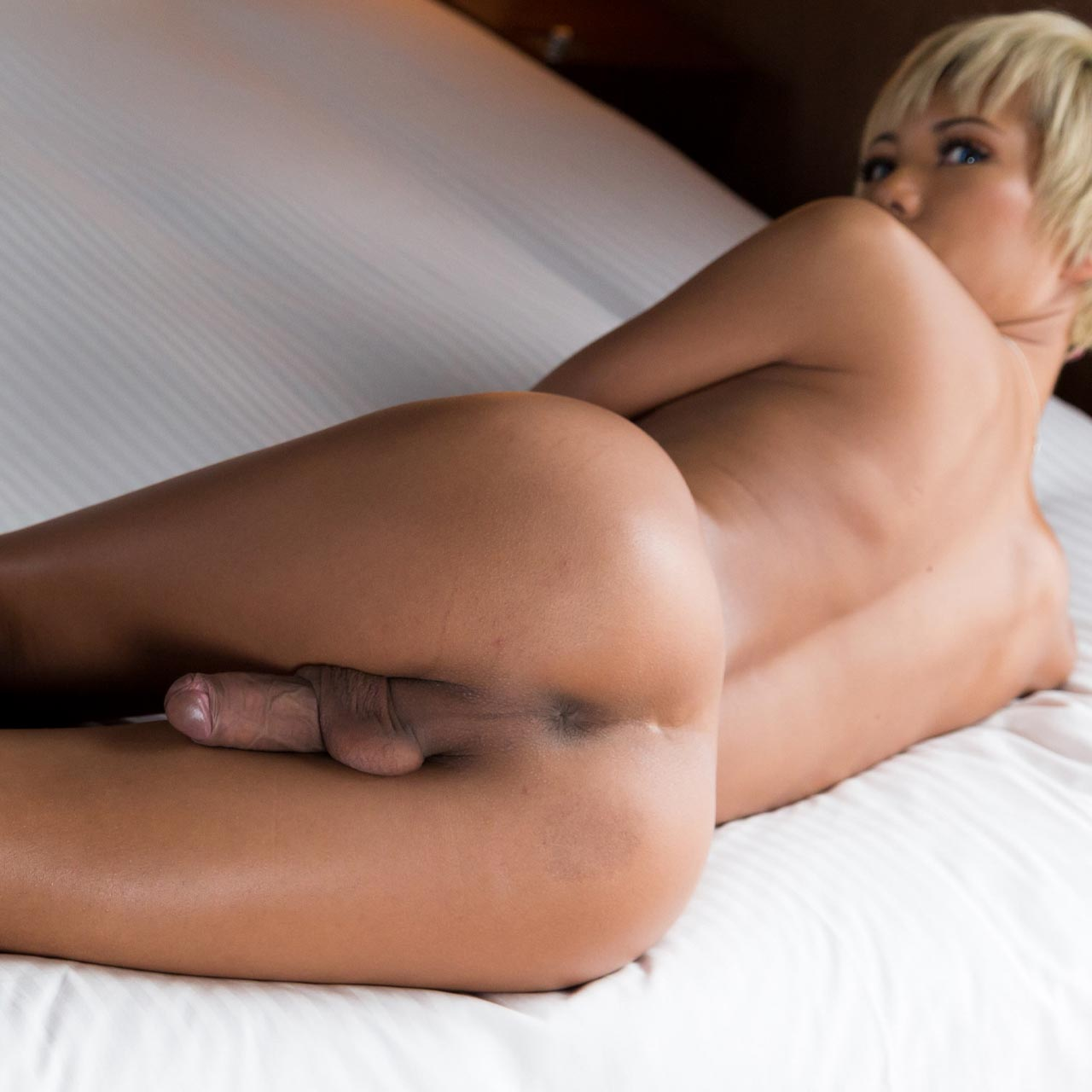 Transex Japan, SheMale NewHalf porn uncensored TransGender Sex videos. Nude Japanese Girls with beautiful cocks.